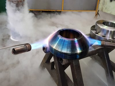 Heating flange with blow torch